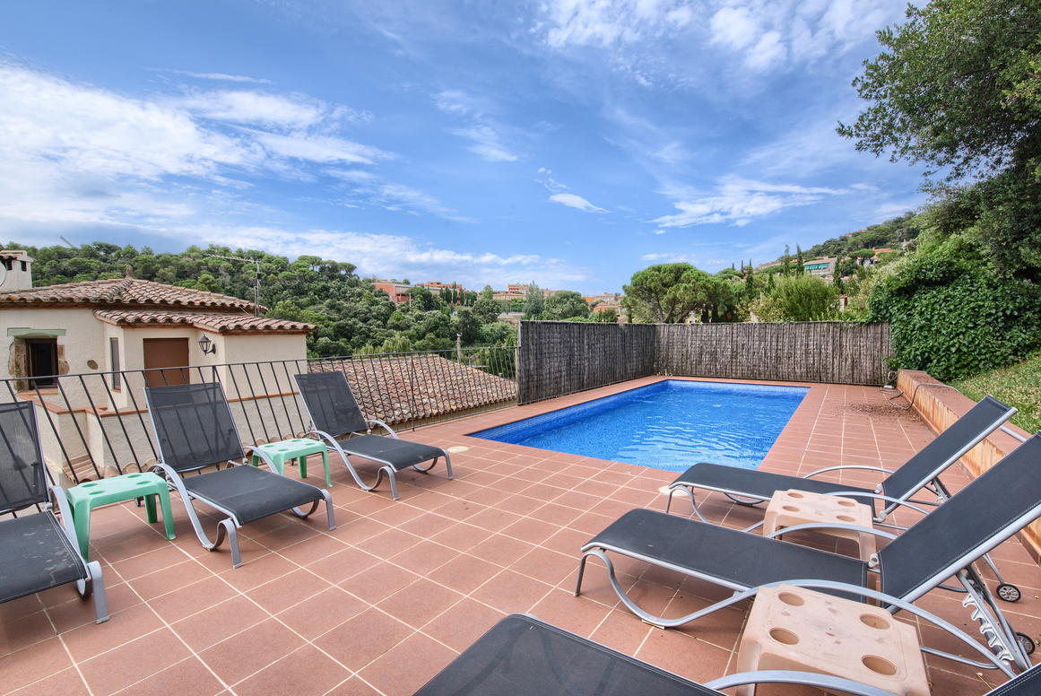 House -                                       Begur -                                       4 bedrooms -                                       10 persons