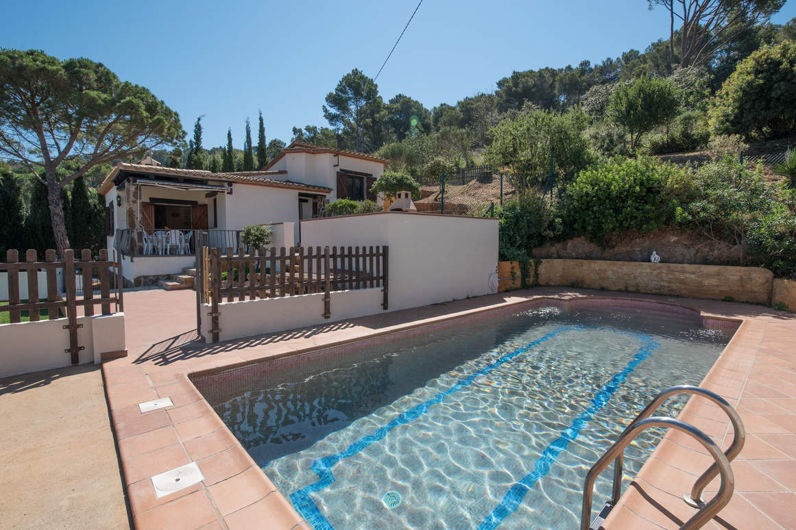 House -                                       Begur -                                       3 bedrooms -                                       7 persons