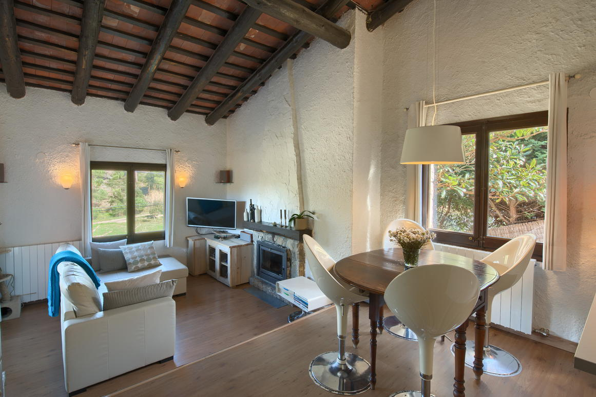Chalet -                                       Begur -                                       3 bedrooms -                                       0 persons