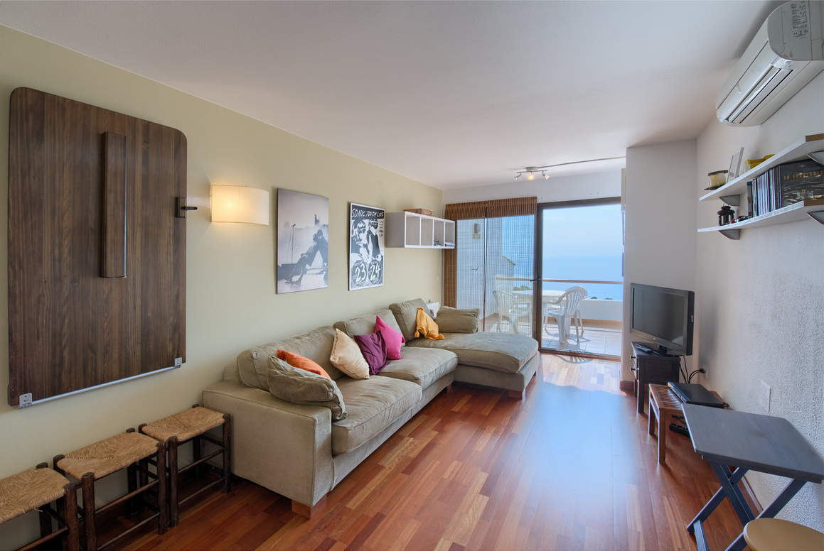 Apartment -                                       Begur -                                       2 bedrooms -                                        persons